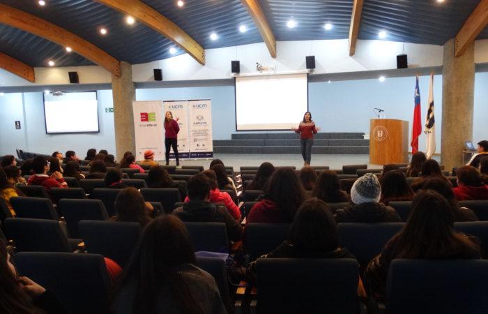ESTUDIANTES DEL MAULE PARTICIPAN EN JORNADA SOBRE CARRERA DOCENTE
